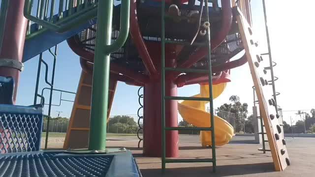 Henry Figueroa - Skateboarding